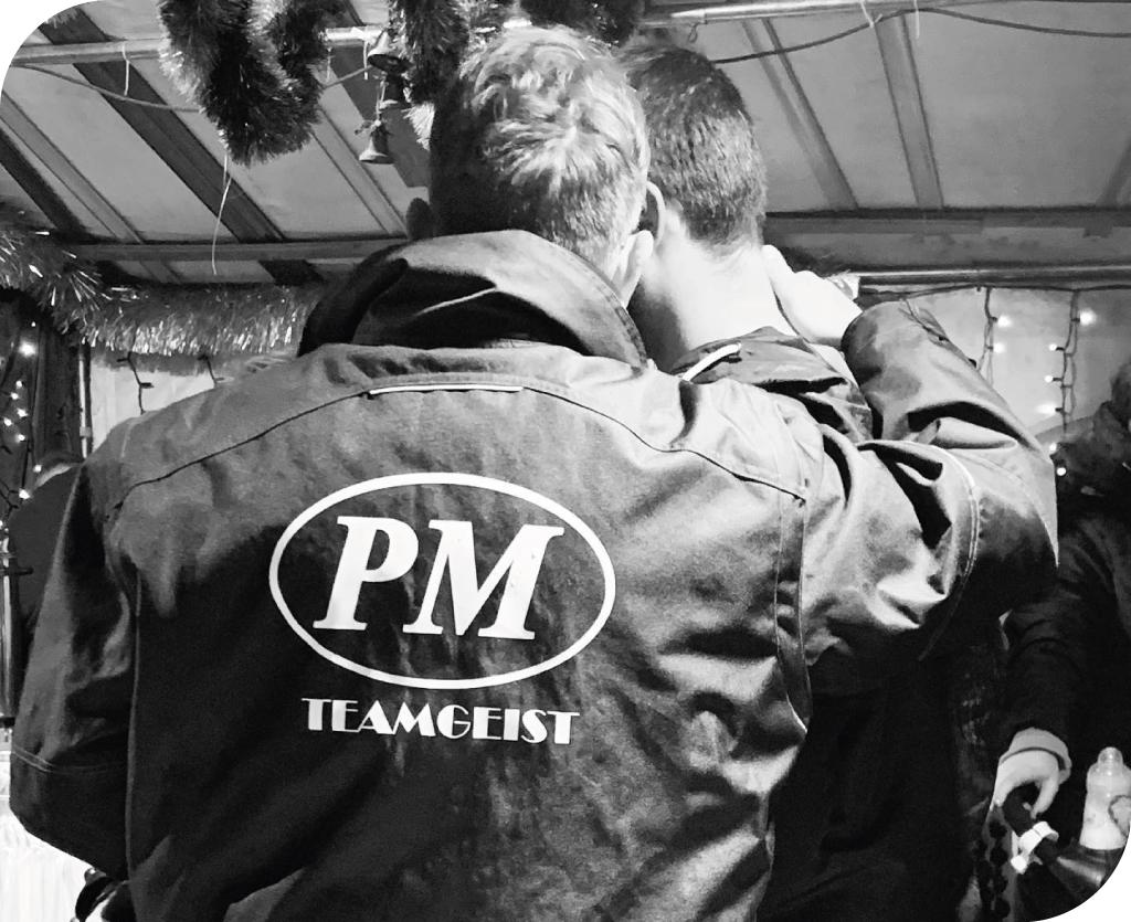 PM Parkett Design Teamgeist Feier schwarz-weiss